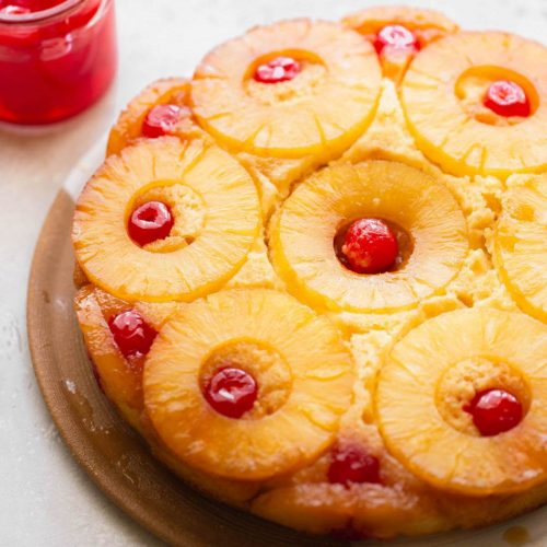 Pineapple spiced upside-down cake